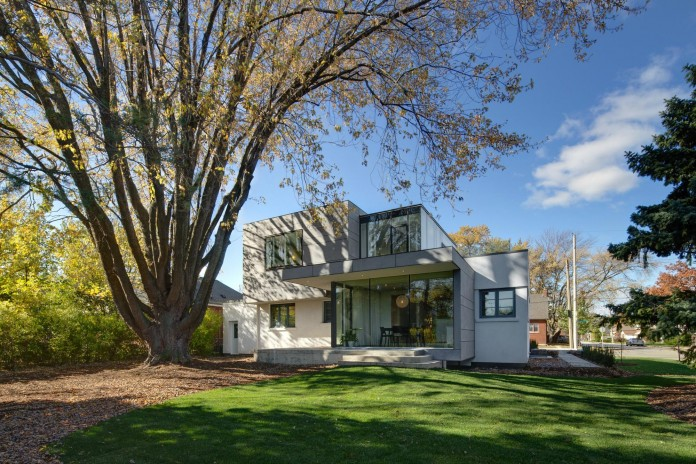 The-Hambly-House-by-DPAI-Architecture-and-Toms-McNally-Design-01