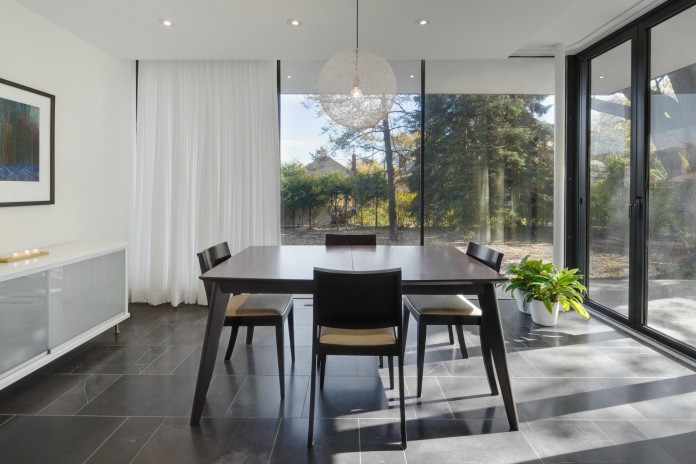 The-Hambly-House-by-DPAI-Architecture-and-Toms-McNally-Design-02