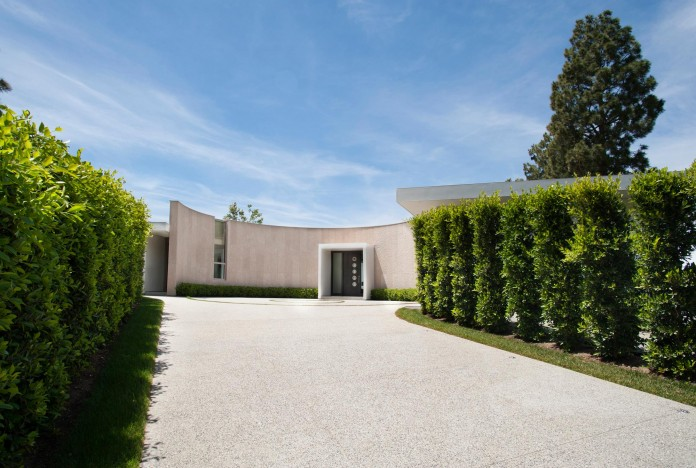 Trousdale-Estates-Contemporary-Home-in-Beverly-Hills-by-Dennis-Gibbens-Architects-01