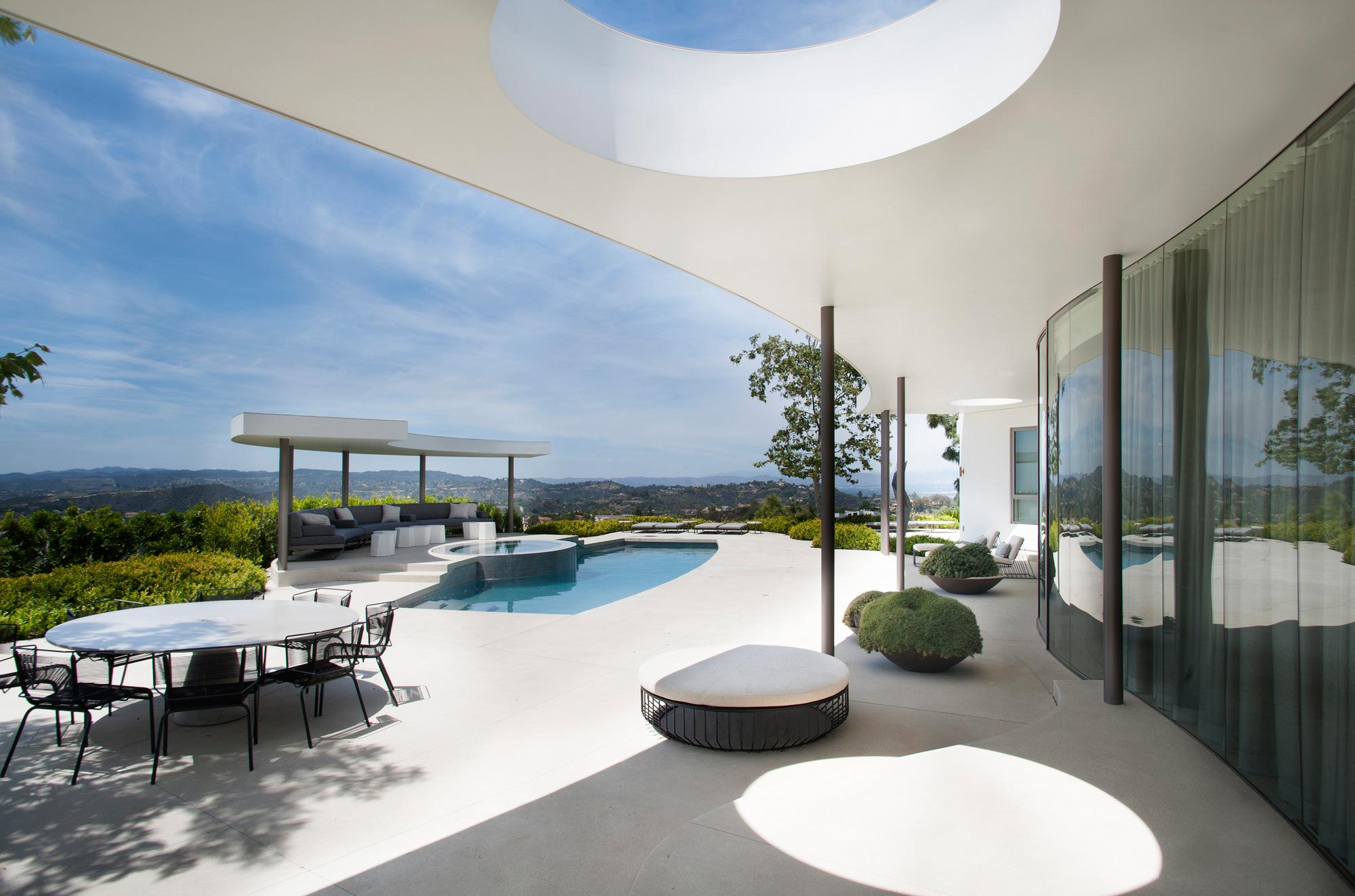 Trousdale Estates Contemporary Home In Beverly Hills By