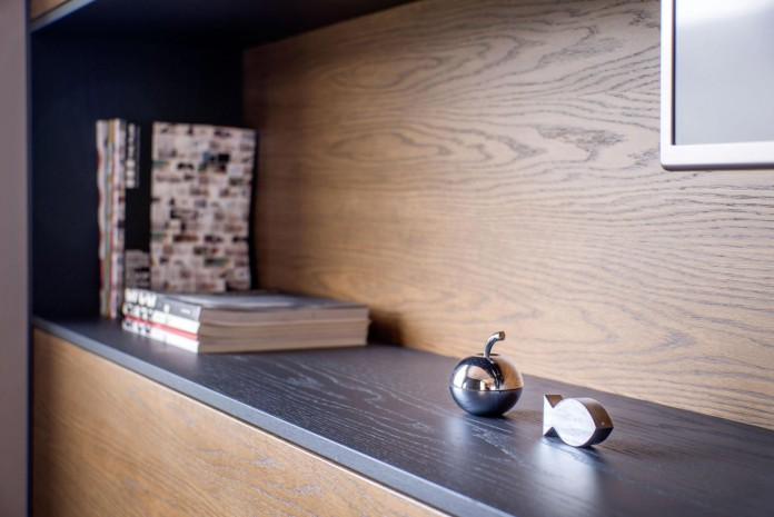 VR-Architects-design-their-own-stylish-office-in-Igoumenitsa-Greece-05