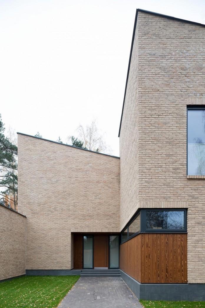 Villa-Rastorguyevo-by-Gikalo-Kuptsov-Architects-02