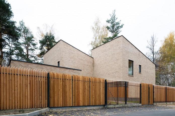 Villa-Rastorguyevo-by-Gikalo-Kuptsov-Architects-03