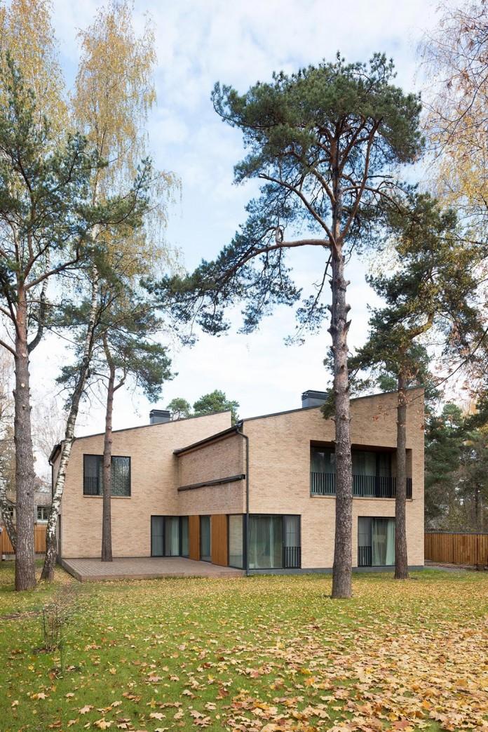 Villa-Rastorguyevo-by-Gikalo-Kuptsov-Architects-08