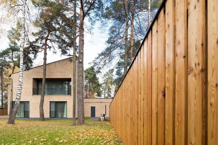 Villa-Rastorguyevo-by-Gikalo-Kuptsov-Architects-14