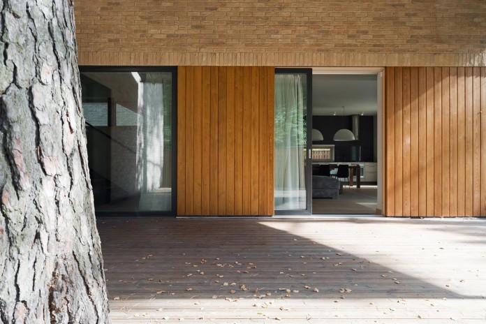 Villa-Rastorguyevo-by-Gikalo-Kuptsov-Architects-23