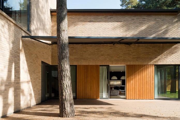 Villa-Rastorguyevo-by-Gikalo-Kuptsov-Architects-25