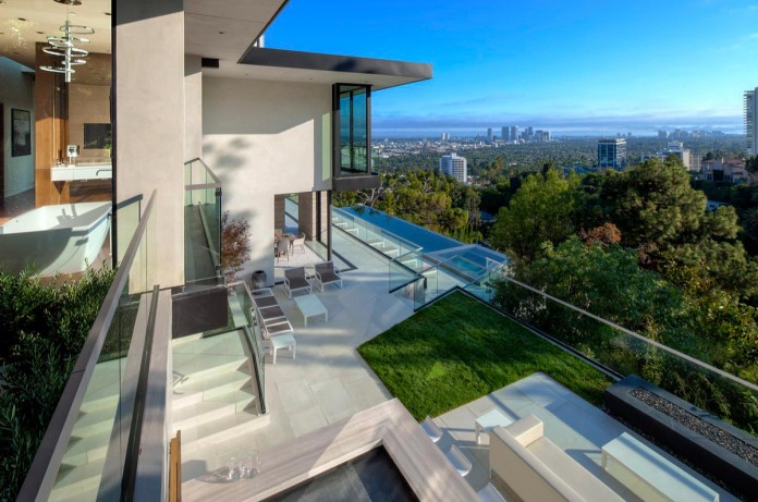 West-Hollywood-Dream-Home-with-stunning-Los-Angeles-Views-18