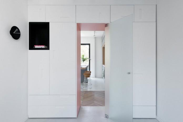 When-color-meets-calm-by-Maayan-Zusman-Interior-Design-09