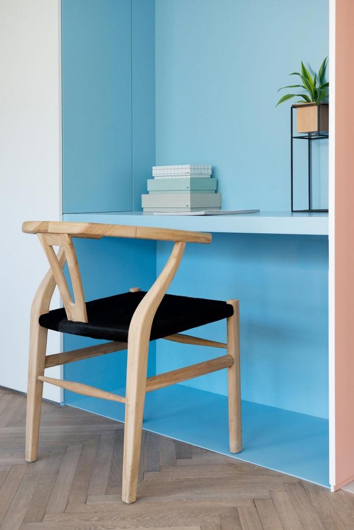 When-color-meets-calm-by-Maayan-Zusman-Interior-Design-19