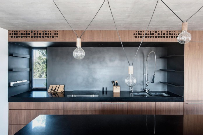 Wood-concrete-and-metal-creates-a-contemporary-yet-warm-living-space-of-a-Duplex-Penthouse-in-Tel-Aviv-by-Gabrielle-Toledano-12