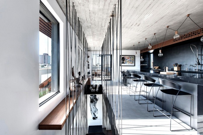 Wood-concrete-and-metal-creates-a-contemporary-yet-warm-living-space-of-a-Duplex-Penthouse-in-Tel-Aviv-by-Gabrielle-Toledano-14
