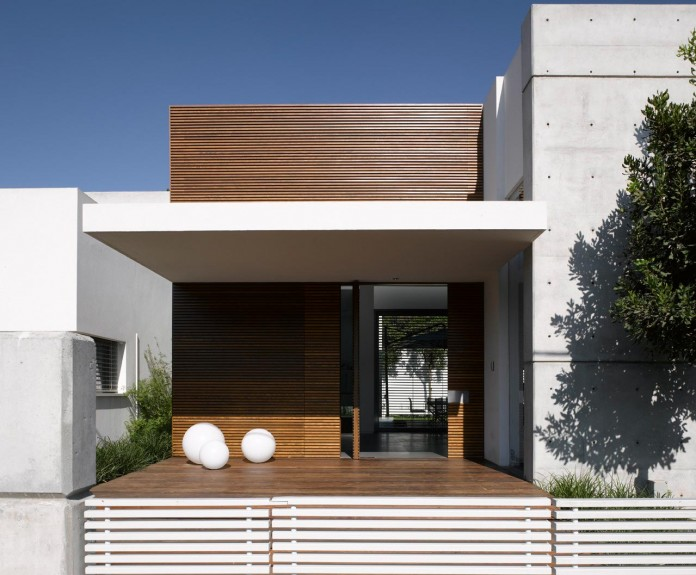 eHouse-by-Axelrod-Architects-02