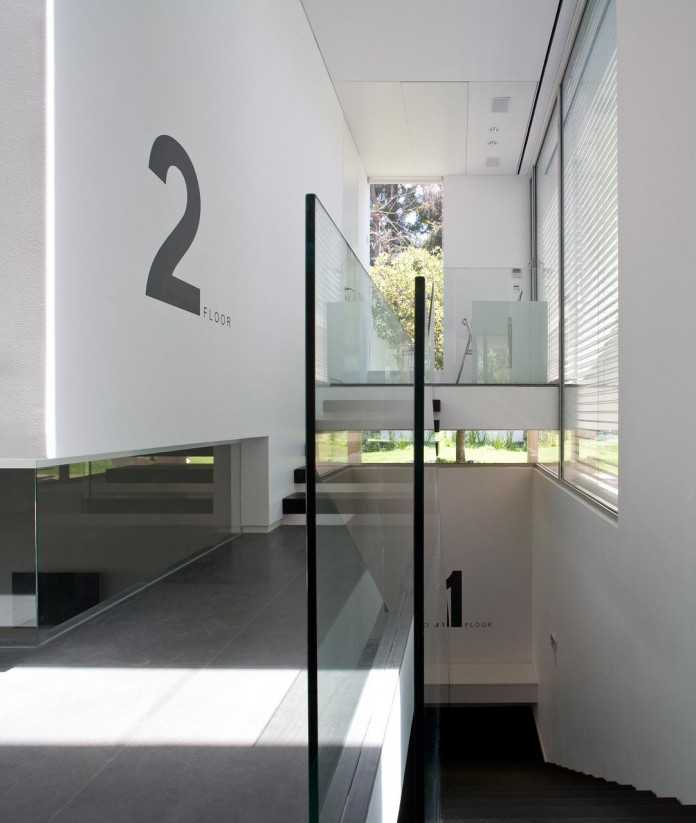 eHouse-by-Axelrod-Architects-10