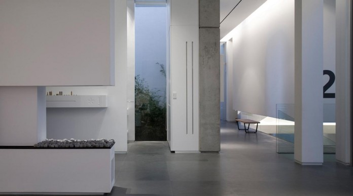 eHouse-by-Axelrod-Architects-12