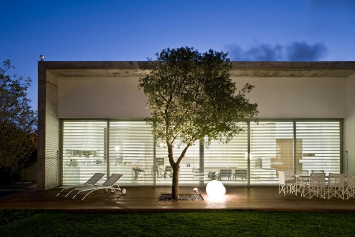 eHouse-by-Axelrod-Architects-16