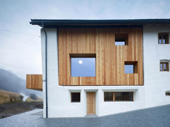 the-Florins-114-the-classic-Engadine-farmhouse-in-the-Swiss-hamlet-by-Philipp-Baumhauer-Architects-06