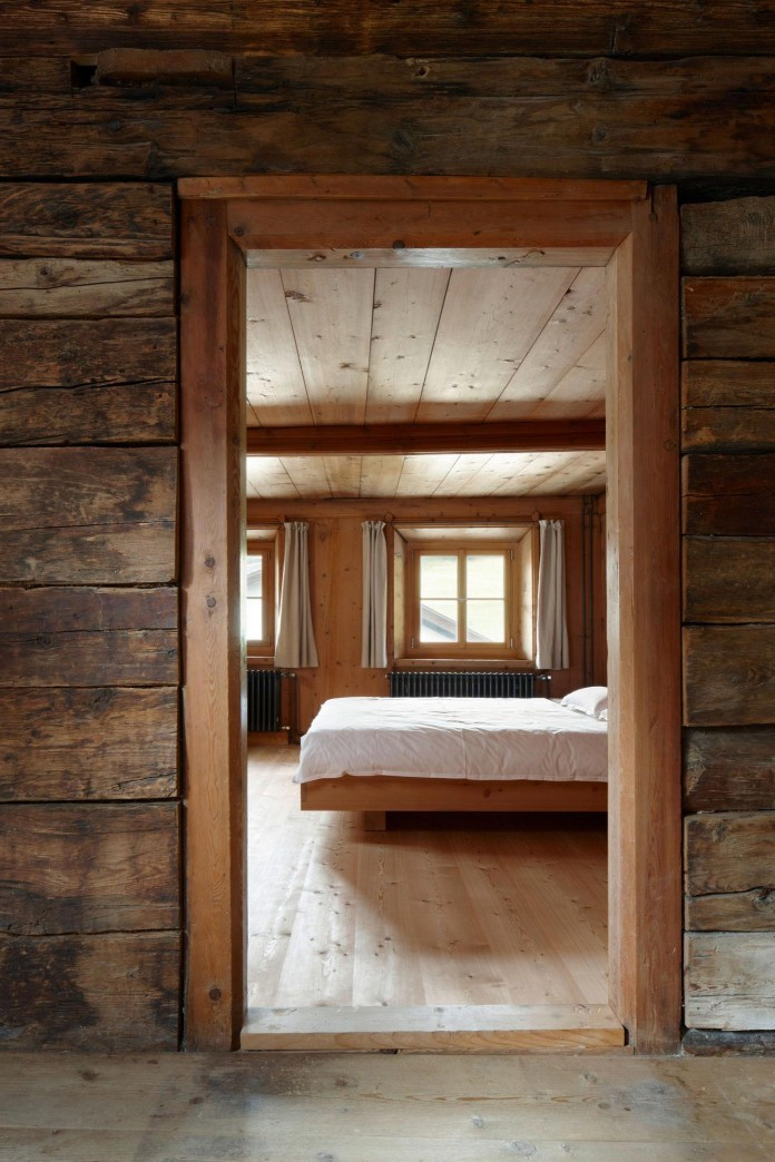the-Florins-114-the-classic-Engadine-farmhouse-in-the-Swiss-hamlet-by-Philipp-Baumhauer-Architects-21