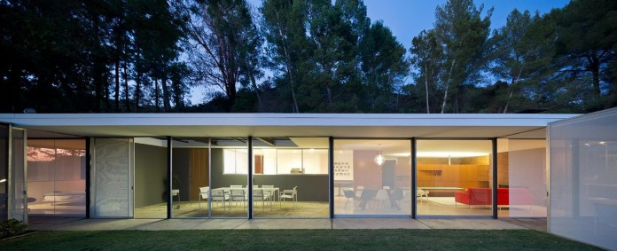 1-story-Shulman-Contemporary-Home-and-Studio-by-Lorcan-O-Herlihy-Architects-10