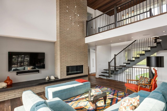 2-Story-Home-for-Multi-Generational-Family-of-Five-by-DOODL-11