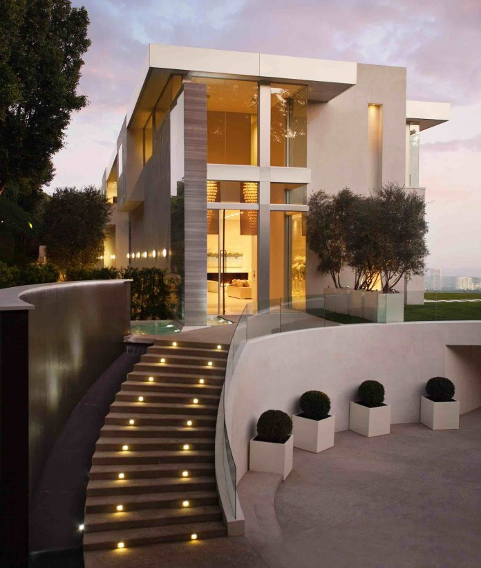 The top of the most beautiful modern houses ever built for Beautiful contemporary house designs
