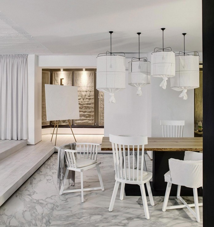 A-Bright-White-Home-in-Kiev-by-FORM-Architectural-Bureau-16