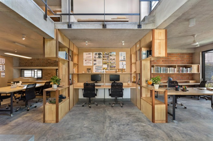 Architects-Home-and-Office-in-Bangalore-by-BetweenSpaces-03
