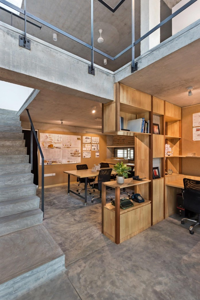 Architects-Home-and-Office-in-Bangalore-by-BetweenSpaces-05