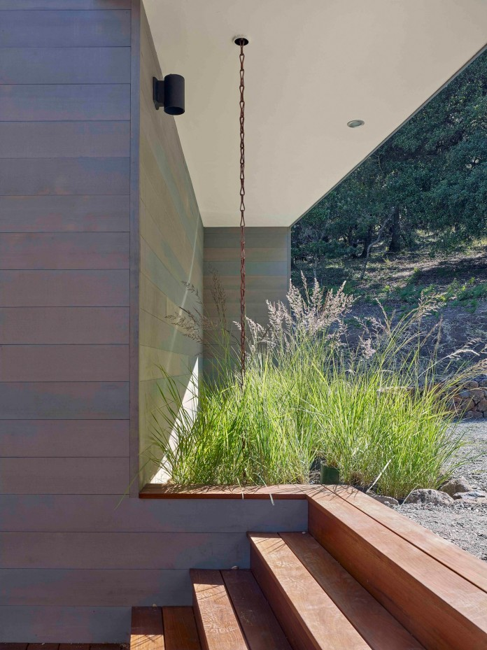 Box-on-the-Rock-Residence-by-Schwartz-and-Architecture-13