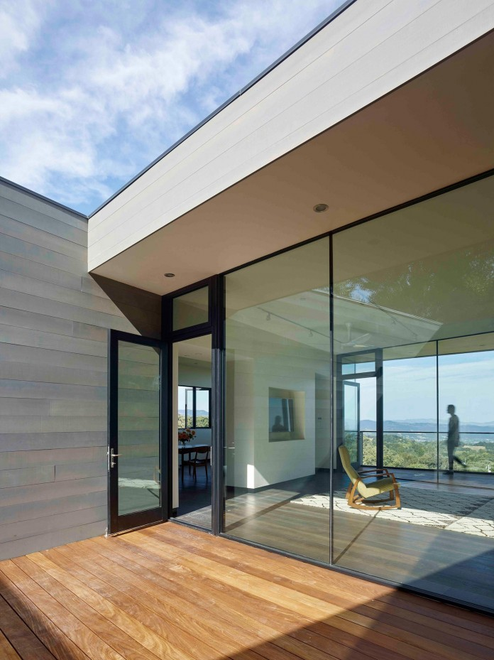 Box-on-the-Rock-Residence-by-Schwartz-and-Architecture-14