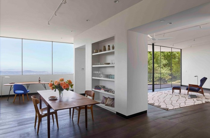 Box-on-the-Rock-Residence-by-Schwartz-and-Architecture-18
