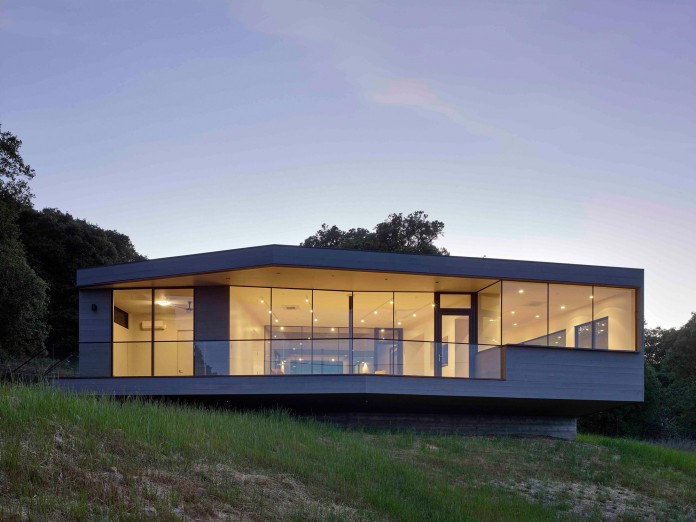 Box-on-the-Rock-Residence-by-Schwartz-and-Architecture-23