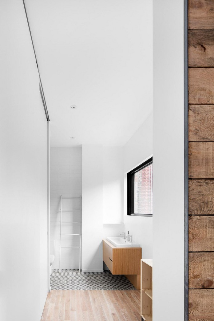 Bright-Mentana-Townhouse-in-Montreal-by-EM-architecture-09
