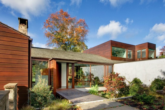 Broadmoor-Residence-by-David-Coleman-Architecture-01