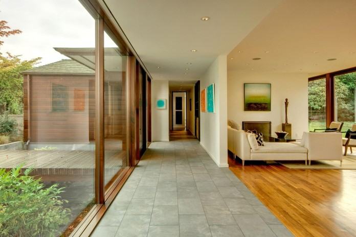 Broadmoor-Residence-by-David-Coleman-Architecture-04