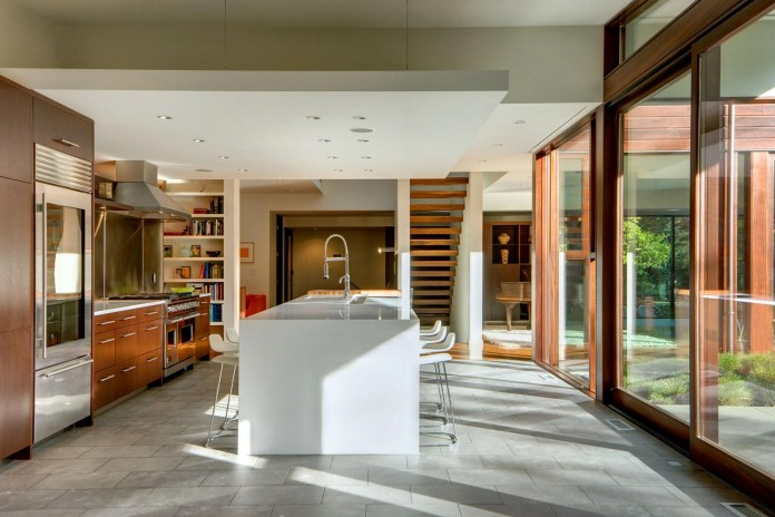 Broadmoor-Residence-by-David-Coleman-Architecture-08