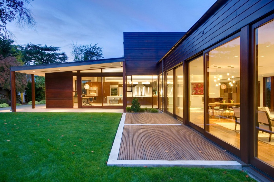 Broadmoor Residence by David Coleman Architecture