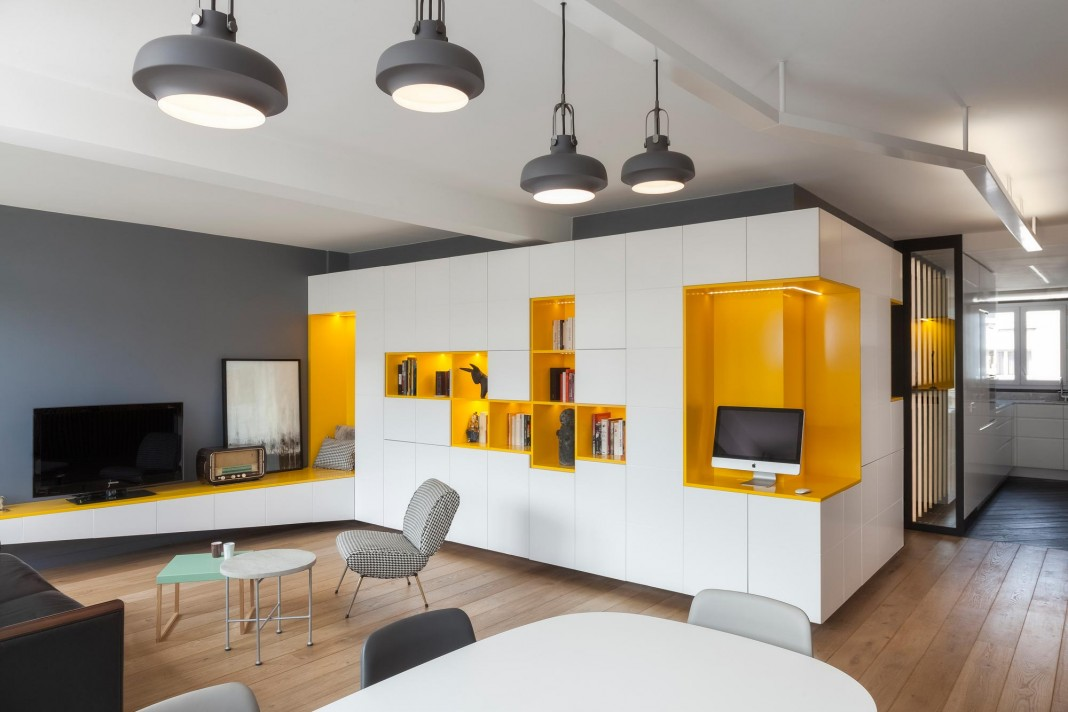 Buttes Chaumont Apartment in Paris by Glenn Medioni