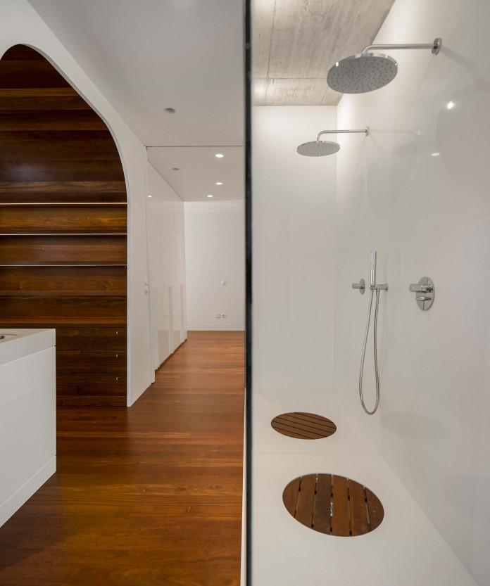 Casa-dos-Claros-family-home-with-two-stories-by-Contaminar-Arquitectos-07