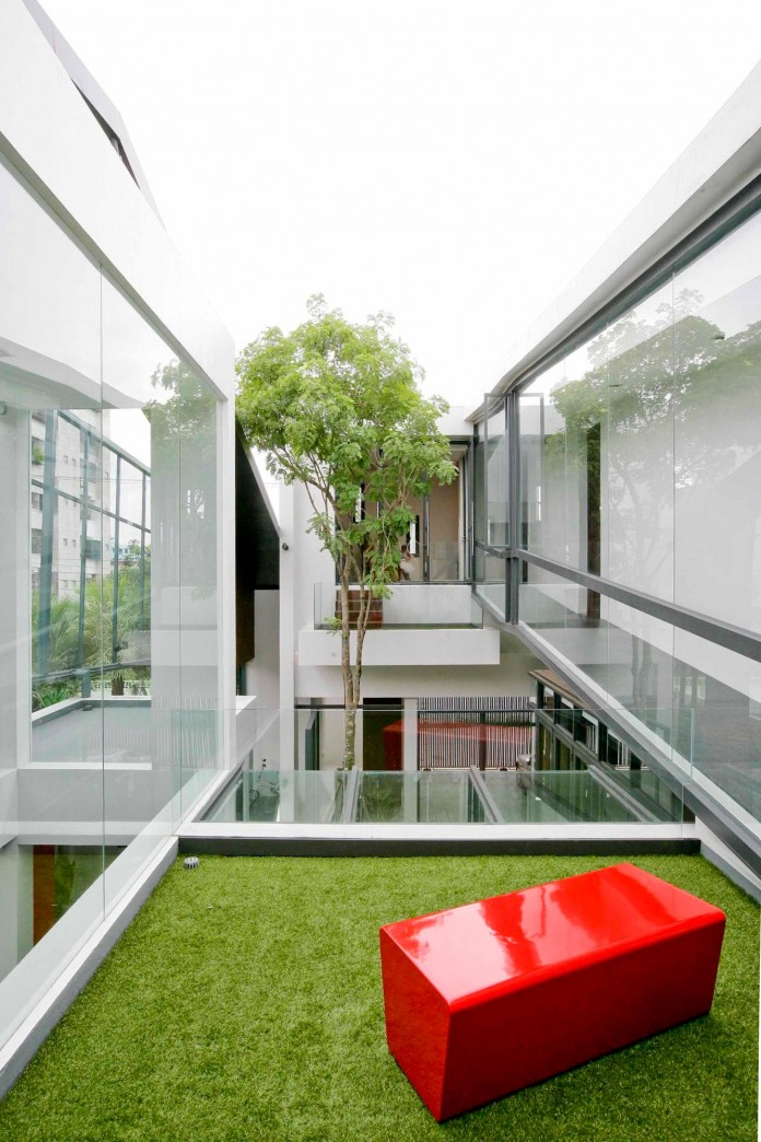 Chokchai-4-House-by-Archimontage-Design-Fields-Sophisticated-06