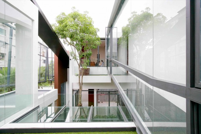 Chokchai-4-House-by-Archimontage-Design-Fields-Sophisticated-11