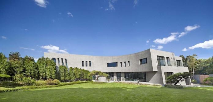 Concrete-Ultramodern-Sondo-House-in-South-Korea-by-architect-K-01