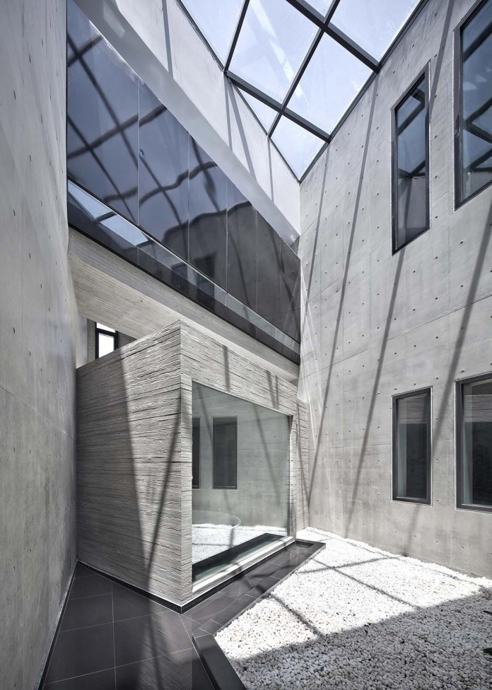 Concrete-Ultramodern-Sondo-House-in-South-Korea-by-architect-K-11