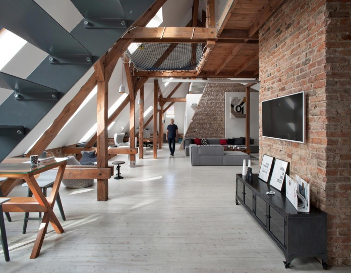 Contemporary-Attic-Apartment-in-the-Poznan-City-Center-by-Cuns-Studio-01
