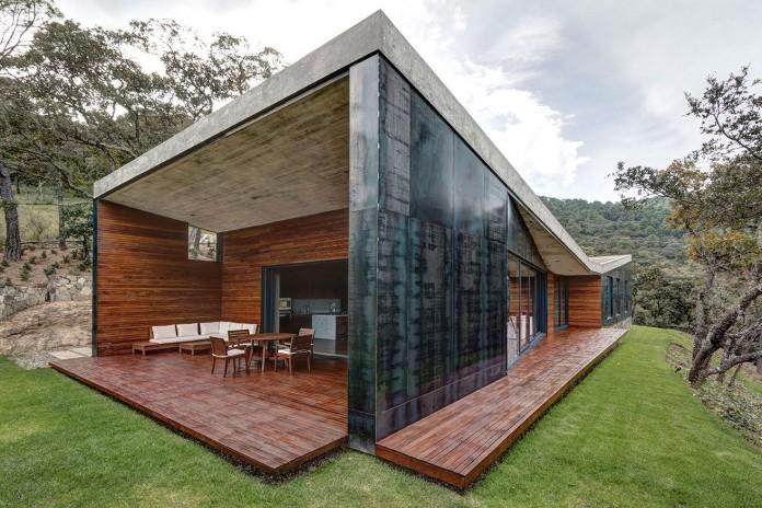 Contemporary-GG-House-by-Elias-Rizo-Arquitectos-05