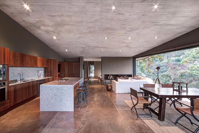Contemporary-GG-House-by-Elias-Rizo-Arquitectos-10