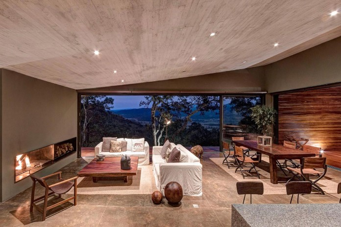 Contemporary-GG-House-by-Elias-Rizo-Arquitectos-12