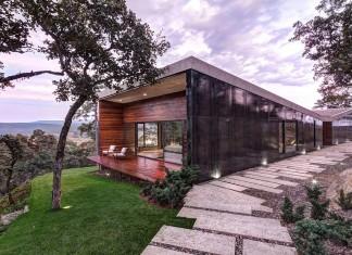 Contemporary GG House by Elías Rizo Arquitectos