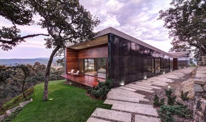 Contemporary-GG-House-by-Elias-Rizo-Arquitectos-16