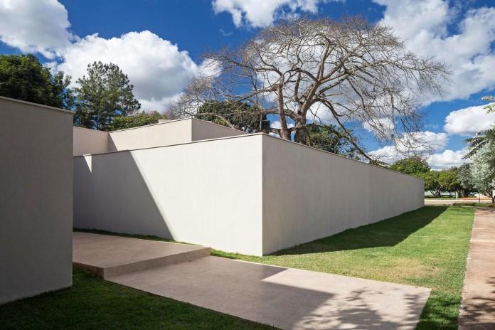 Contemporary-Paineira-House-by-Bloco-Arquitetos-04